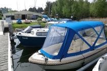 Motorboot Mystraly im Hafencamp Senftenberger See, Foto: expeditours